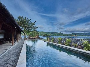 Cocotinos Lembeh Resort Pool View | Eko Divers