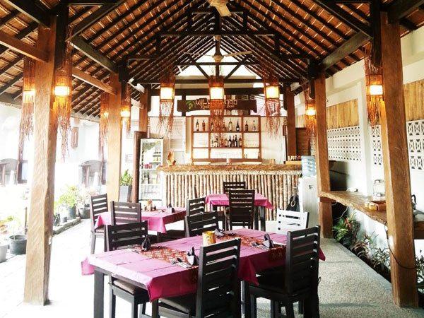Cocotinos Lembeh Resort Resto Bar | Eko Divers